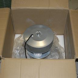 Упаковка подвесного промышленного светодиодного светильника ML120C