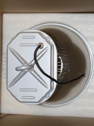 Вид в упаковке подвесного промышленного светодиодного светильника ML180N